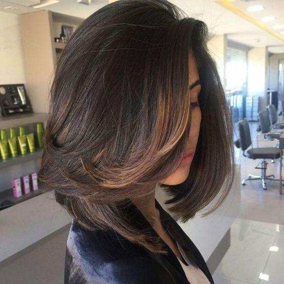 Dark Brown Bob with Subtle Face-Framing Highlights