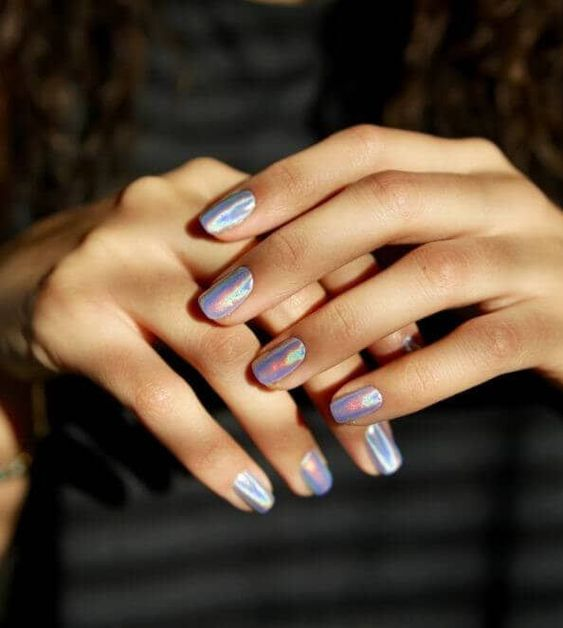 30 Ways to Spice Up Holographic Nails Look 2