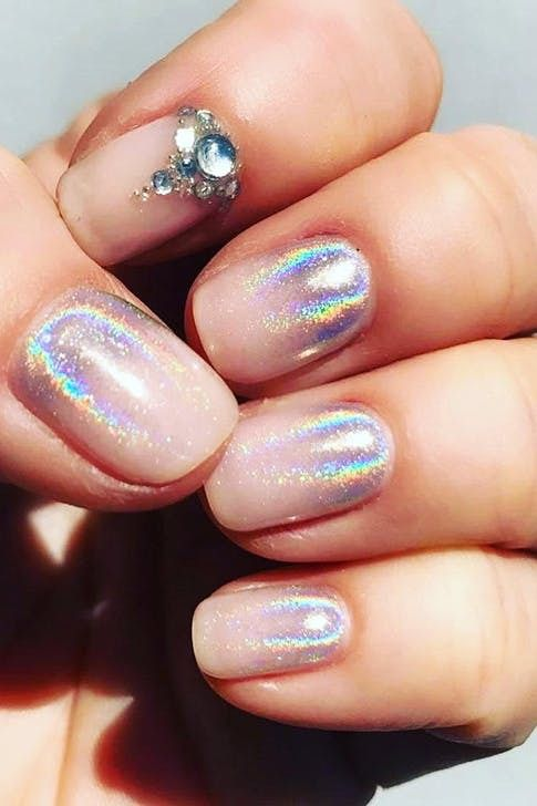 30 Ways to Spice Up Holographic Nails Look 3