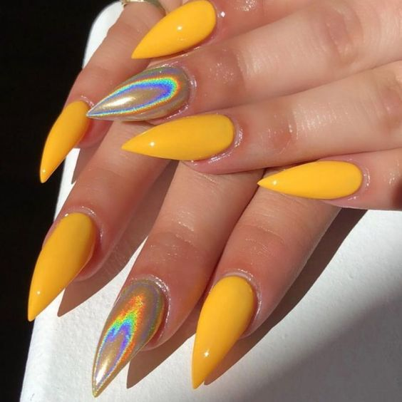 30 Ways to Spice Up Holographic Nails Look 11