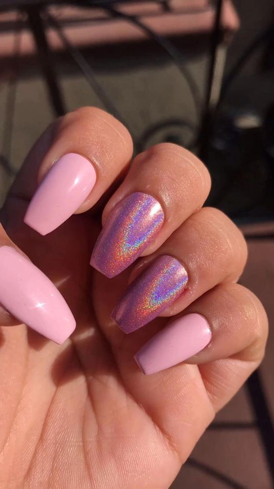 30 Ways to Spice Up Holographic Nails Look 13
