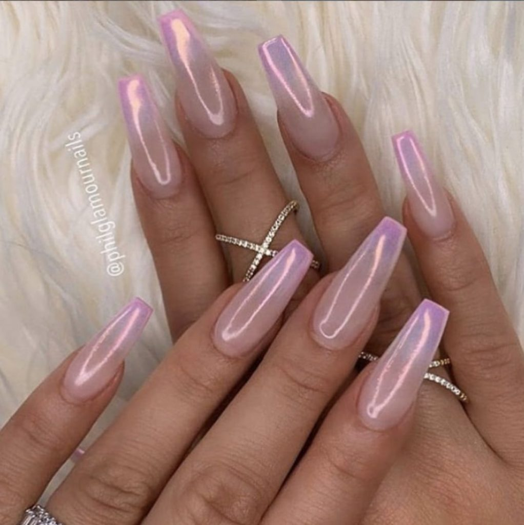 30 Ways to Spice Up Holographic Nails Look 26