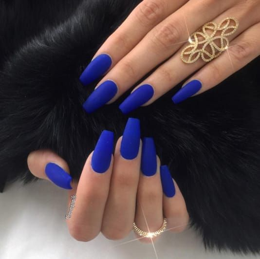 30 Beautiful Matte Nails for a Trendy Style 5