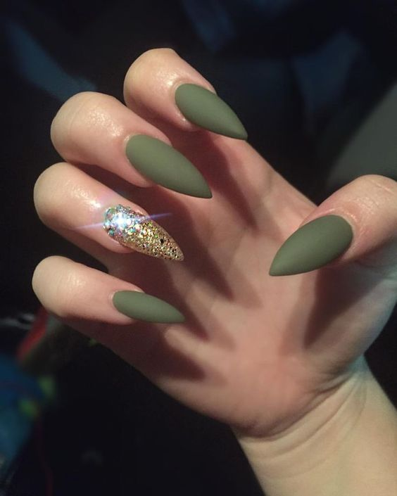 30 Beautiful Matte Nails for a Trendy Style 8