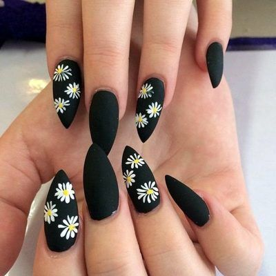30 Beautiful Matte Nails for a Trendy Style 9