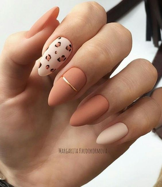 30 Beautiful Matte Nails for a Trendy Style 13