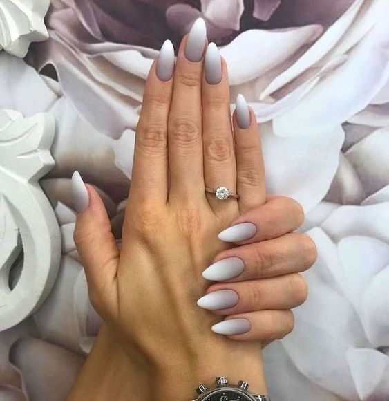 30 Beautiful Matte Nails for a Trendy Style 20