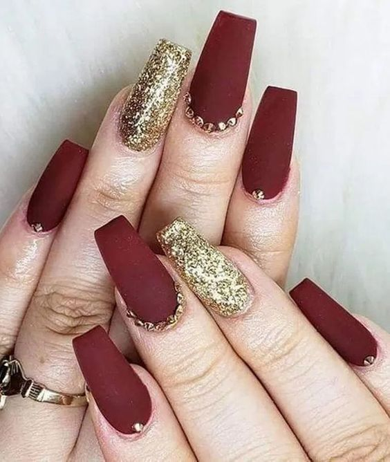 30 Beautiful Matte Nails for a Trendy Style 28