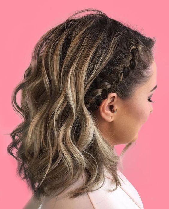 12 Stunning Medium Hairstyles Design in 2019 Trend - #hairstyles #mediumhairstyles  #hair