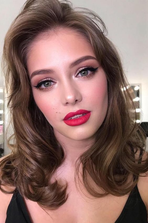 30 Spellbinding Bridesmaid Makeup For Every Woman ❤ bridesmaid makeup red lips black arrows holywood style sasha_esenina #weddingforward #wedding #bride #weddingmakeup #bridesmaidmakeup