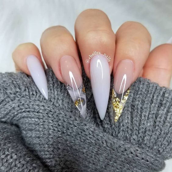 30 Amazing Stiletto Nail Designs for A Dramatic Look 26