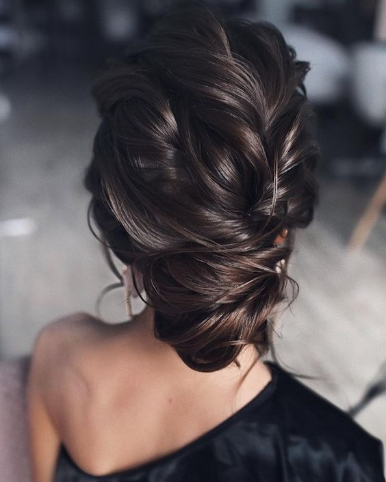 30 Gorgeous Updo Hairstyles For Any Occasion 1