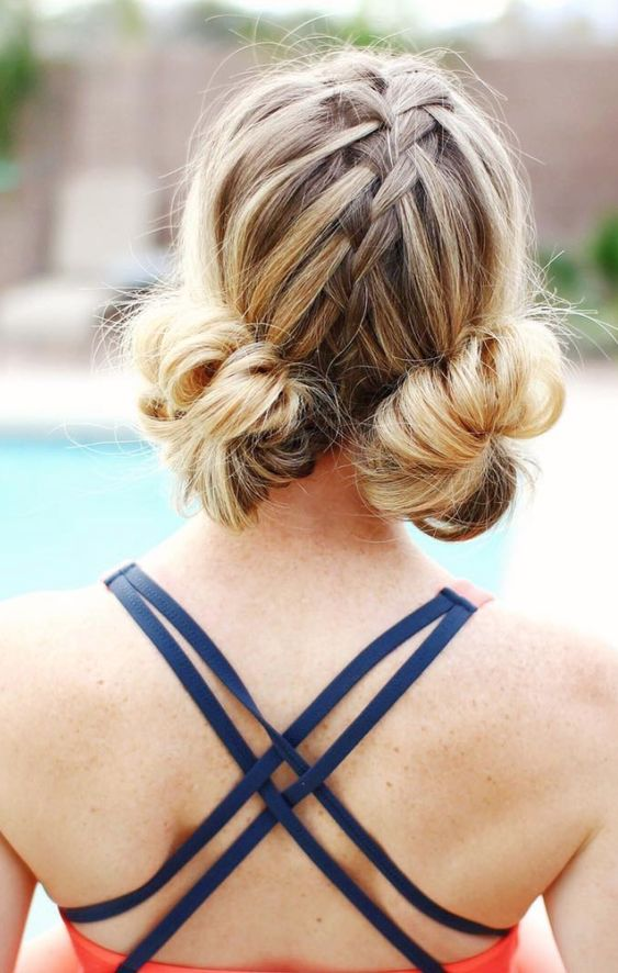 20 Photos That Prove Double Bun Hairstyles Can Be Sophisticated  #doublebuns #spacebuns #festivalhairstyles #festivallooks #hairinspo #springhairstyles #summerhairstyles