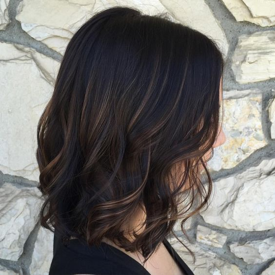 30 Black Hair With Highlight Ideas that Will Transform Your Style 3