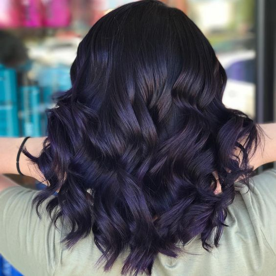 30 Black Hair With Highlight Ideas that Will Transform Your Style 13