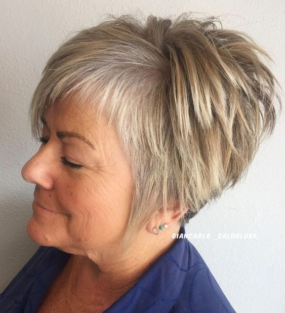 Straight Tapered Cut with Asymmetrical Bangs #pixiecuthairstyles